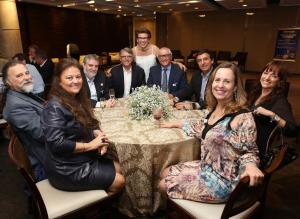 Aurora e Luiz,Costi,Silvio,Rewald,Genioli,Rosana,Marcia,ML